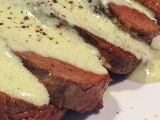 filet mignon ao molho de gorgonzola